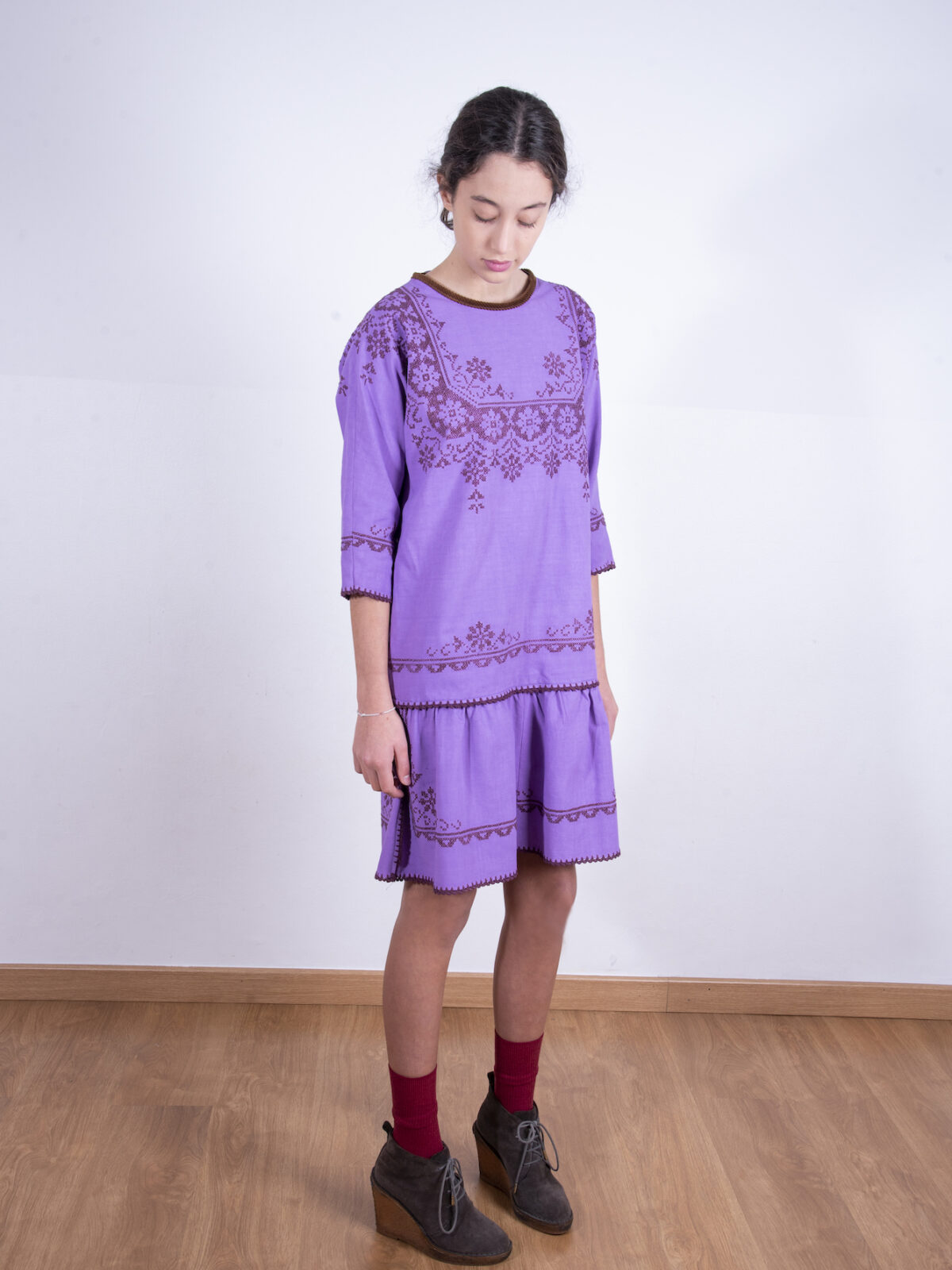 Purple embroidered flounce dress