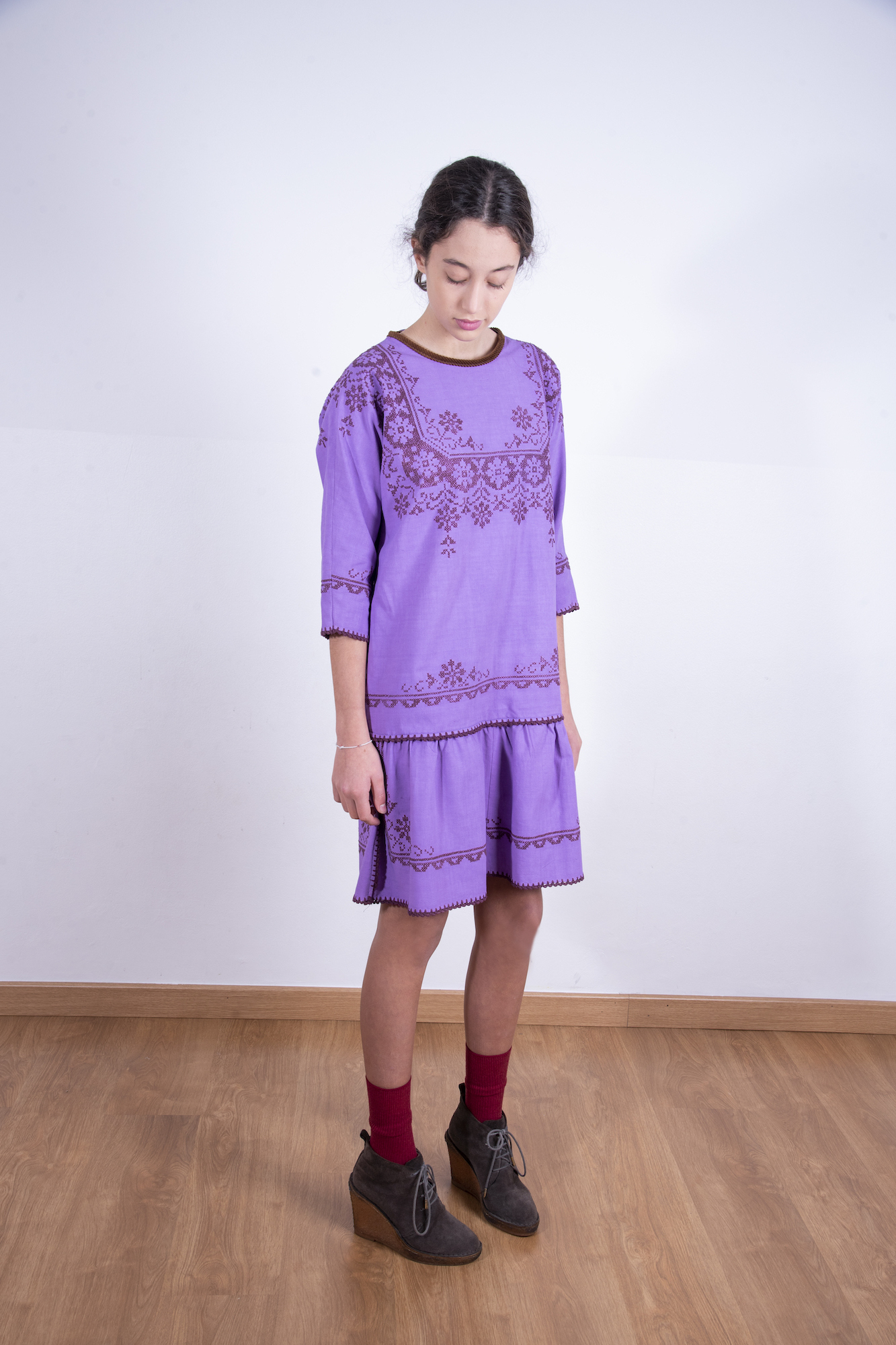 Purple embroidered flounce dress